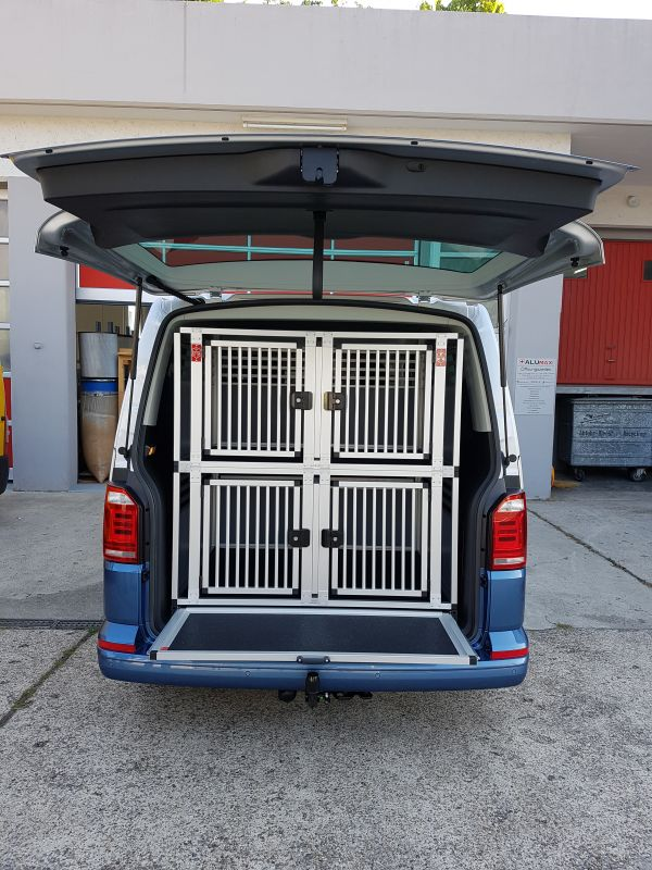 doppelstock box vw t5 t6 mit auszugsklappe hundeboxen. Black Bedroom Furniture Sets. Home Design Ideas